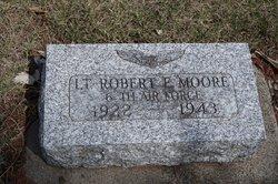 2LT Robert Eugene Moore