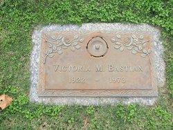 Victoria M Bastian
