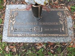 "Ruth Audrey ""Sonnenberg"" <I>Moore</I> Dunsmore"