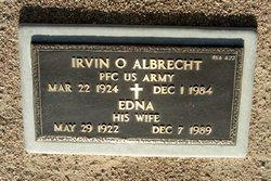 Irvin O Albrecht