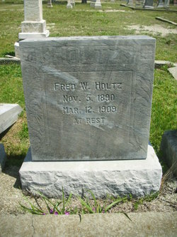 Fred W Holtz
