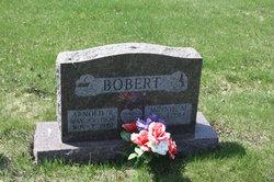 Arnold R Bobbert