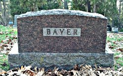 Evelyn Beatrice <I>Kutzke</I> Bayer