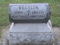 Amelia <I>Fuchs</I> Weltlin