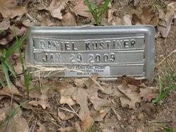 Daniel Kustiner