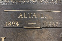 Alta Leone <I>Ryner</I> Smith
