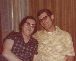Mildred M. <I>Hoydc</I> Kastanek