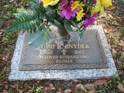 Todd K Snyder