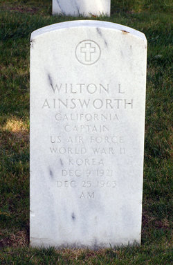 Wilton L Ainsworth