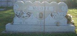 """Ronzo """"Ron"""" Moore"""