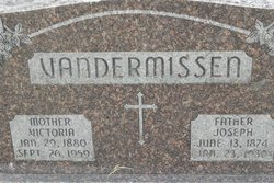 Joseph VanderMissen