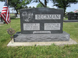 Dorothy M <I>Bergman</I> Beckman