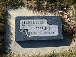 Ronald E Bertelsen