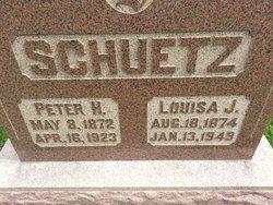 Louisa J Schuetz