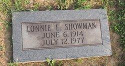 Lonnie L Showman