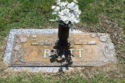 Ruth <I>Tomlinson</I> Britt