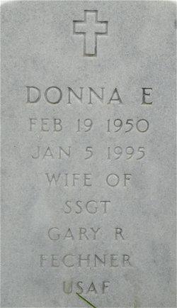 Donna E Fechner