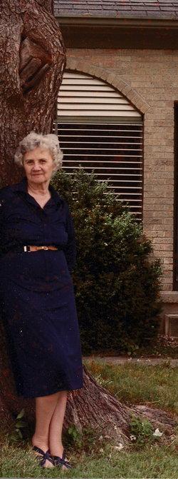 Helen Lee <I>Fuller</I> Fowler