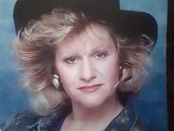 Linda Davis/Jones