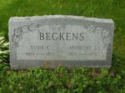 Susie C Beckens