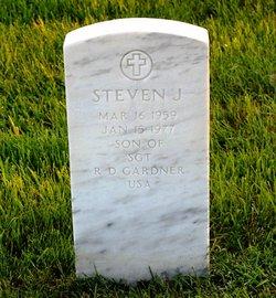 Steven J Gardner