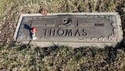 Gladys <I>Whitaker</I> Thomas