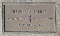 Manuel D Valdez