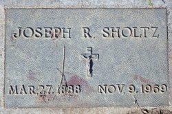 Joseph R Sholtz