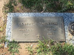 Robert L Taunton