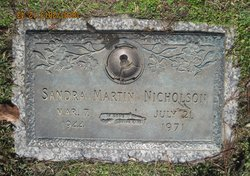 Sandra Lynn <I>Martin</I> Nicholson