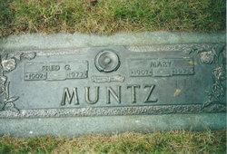 Mary Elizabeth <I>Loidhamer</I> Muntz