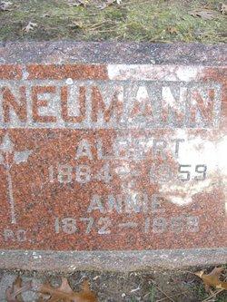 Albert Neumann