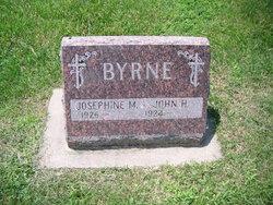 Josephine M <I>Fumuso</I> Byrne