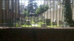Holy Trinity Catholic Churchyard
