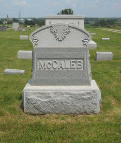 Ursula <I>Dragoo</I> McCaleb