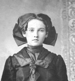 Ara Viola <I>Earp</I> Hensley