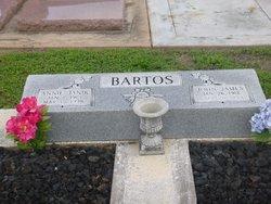 Annie <I>Janik</I> Bartos
