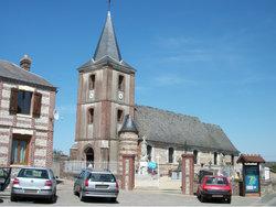 Saint Maclou-la-Briere Churchyard