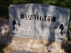 """Lester J """"Les"""" Walther"""