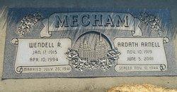Wendell R Mecham