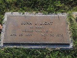 Luna J Light