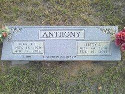 "Robert Linnes ""T-Boy"" Anthony"