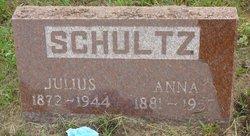 Anna Maria Louise <I>Wenke</I> Schultz