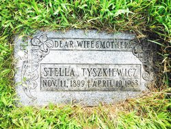 Stella <I>Zlotnek</I> Tyszkiewicz