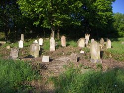 Stary zidovsky cintorin - Old Jewish Cemetery