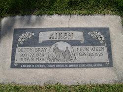"Bessie Louise ""Betty"" <I>Gray</I> Aiken"