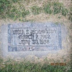Viola May <I>Steadman</I> Richardson