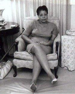 Nina Jones