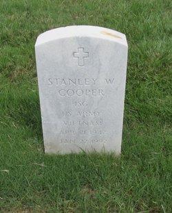 Stanley W Cooper