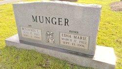 Edna Marie <I>Woodward</I> Munger